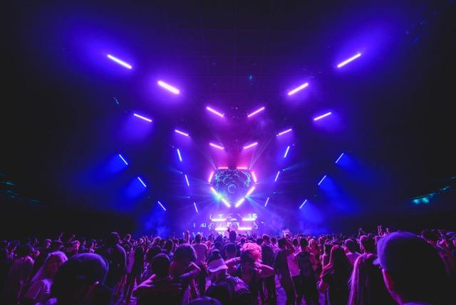 sj lighting goes elation for spectacular crush concert designs