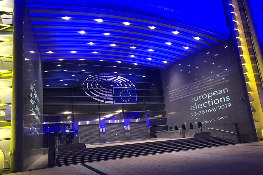Paladin™ Blue for European Union Parliament Elections - Front Door