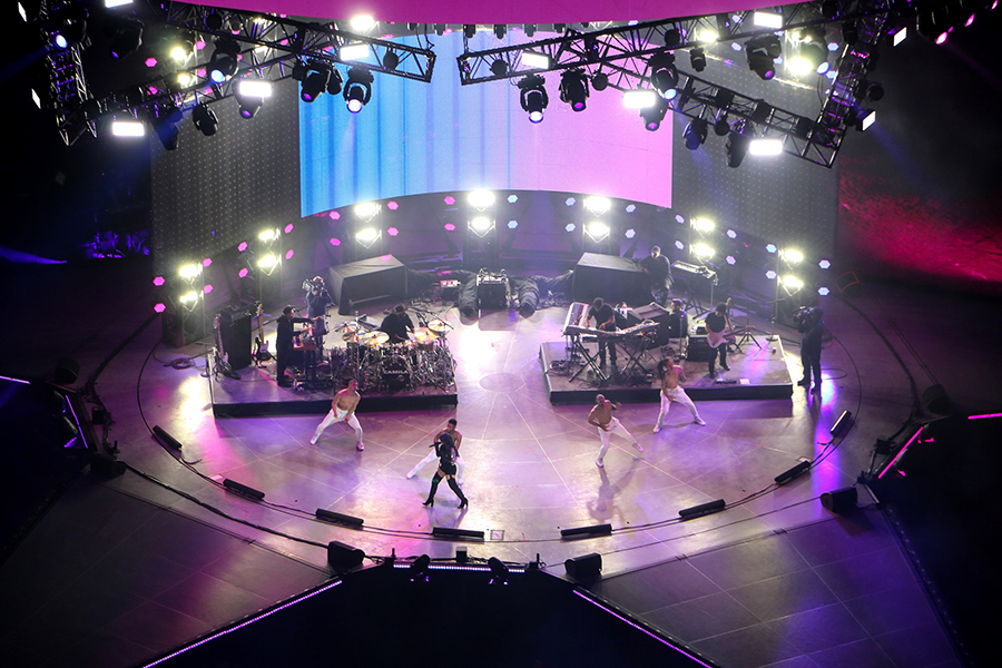 LD Systems light Houston Livestock Show and Rodeo concerts with Elation Products