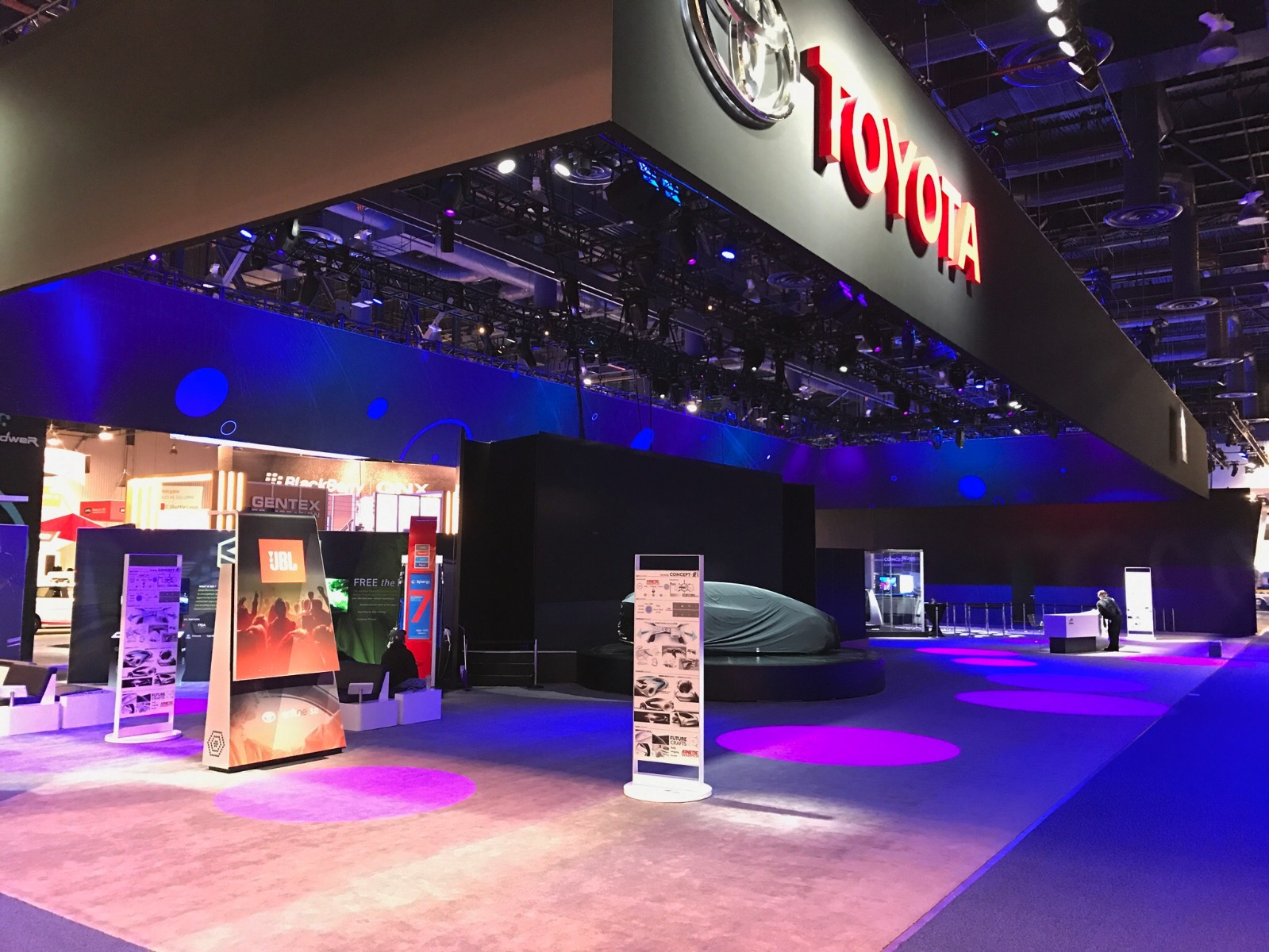 Held January 5-8 in Las Vegas CES is the place to see whatu0027s next in tech and has always attracted the latest in automobile technology. & TLS Productions Uses Elation Lighting on Award-winning Toyota Booth ...