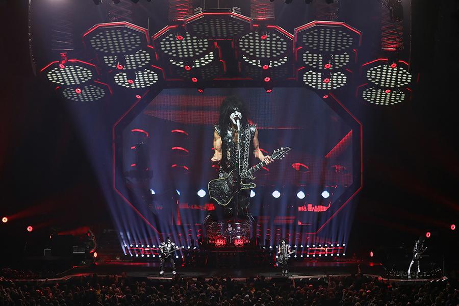 Kiss tour