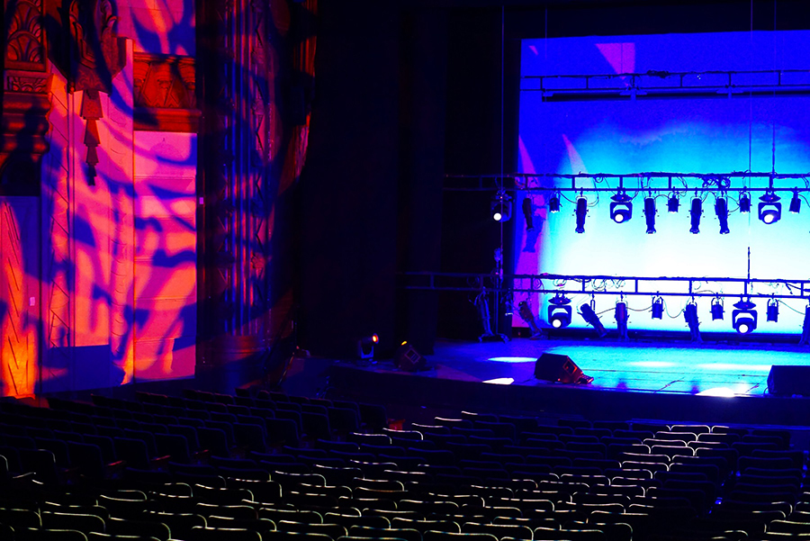 Kinetic Lighting chooses Artiste DaVinci™ for Southern California's historic Warner Grand Theatre