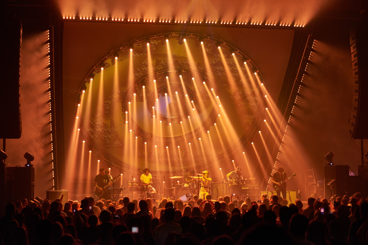 butch allen s dazzling design for paramore uses elation acl 360i